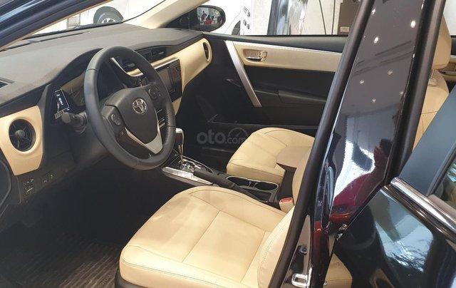 Toyota Altis 1.8G giao ngay, chiết khấu tiền mặt trực tiếp, lắp đặt phụ kiện chính hãng4