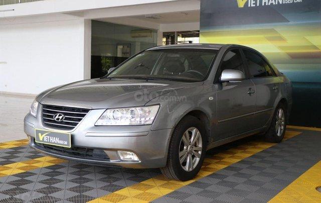 Cần bán xe Hyundai Sonata 2.0MT sản xuất năm 2009, màu xám (ghi), nhập khẩu giá cạnh tranh0