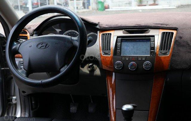 Cần bán xe Hyundai Sonata 2.0MT sản xuất năm 2009, màu xám (ghi), nhập khẩu giá cạnh tranh10