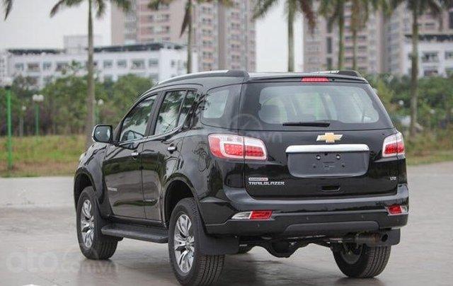 """Bán Chevrolet Trailblazer giảm giá ưu đãi """"100 triệu"""" duy nhất trong tháng - Nhận xe ngay - Giá tốt nhất2"""