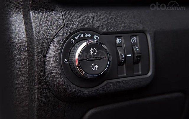 """Bán Chevrolet Trailblazer giảm giá ưu đãi """"100 triệu"""" duy nhất trong tháng - Nhận xe ngay - Giá tốt nhất19"""