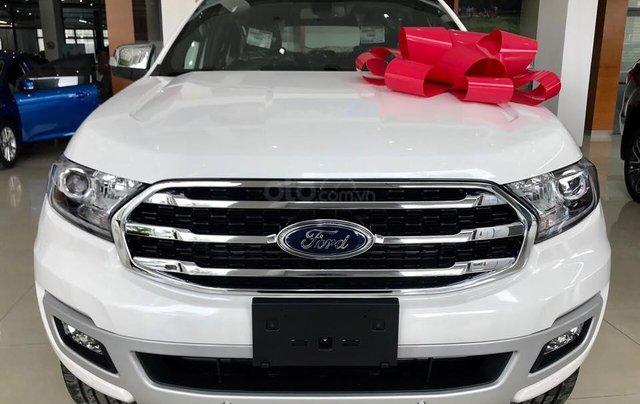 Ford Everest 2.0L Titanium 2019, tặng phụ kiện. Hỗ trợ vay 80%. LH: 0902172017 - Em Mai0