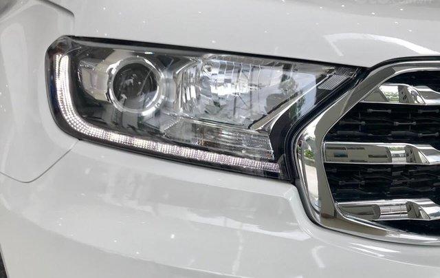 Ford Everest 2.0L Titanium 2019, tặng phụ kiện. Hỗ trợ vay 80%. LH: 0902172017 - Em Mai3