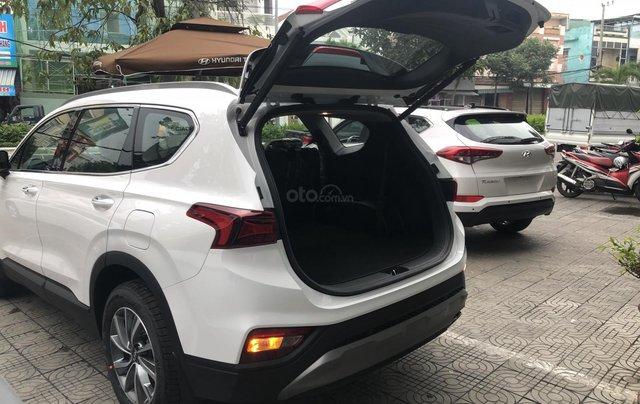 Bán Hyundai Santa Fe 2019, màu trắng, xe nhập, giá chỉ 995 triệu5