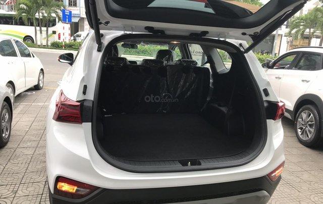 Bán Hyundai Santa Fe 2019, màu trắng, xe nhập, giá chỉ 995 triệu7