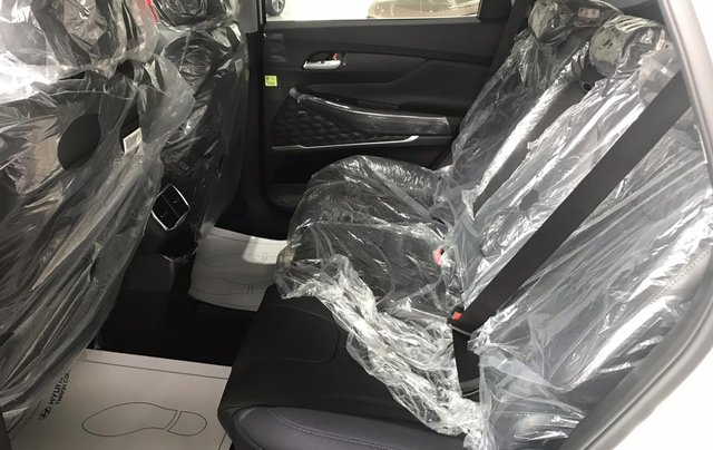 Bán Hyundai Santa Fe 2019, màu trắng, xe nhập, giá chỉ 995 triệu8