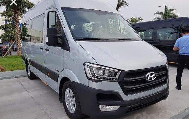 Bán xe Hyundai Solati 16 chỗ 2019, giao ngay trong ngày3