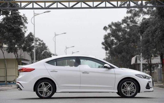 Bán Hyundai Elantra năm sản xuất 2019, giá chỉ 705 triệu2