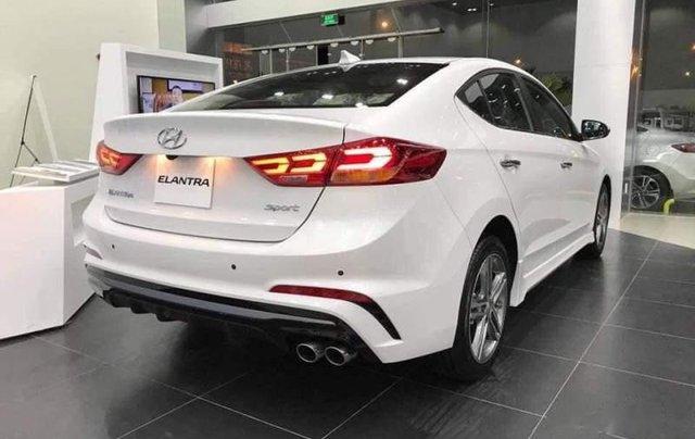 Bán Hyundai Elantra năm sản xuất 2019, giá chỉ 705 triệu3