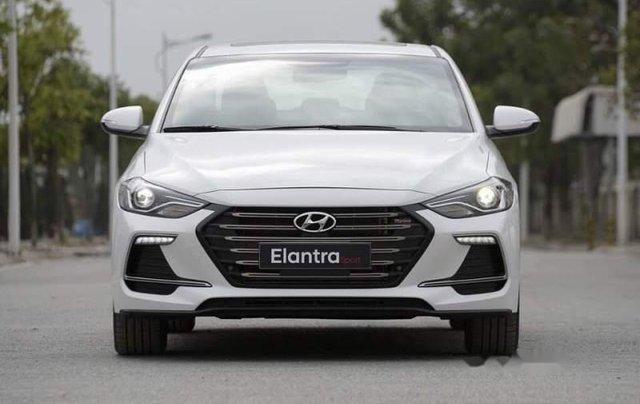 Bán Hyundai Elantra năm sản xuất 2019, giá chỉ 705 triệu0