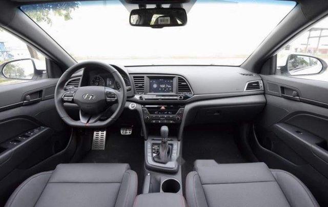 Bán Hyundai Elantra năm sản xuất 2019, giá chỉ 705 triệu5