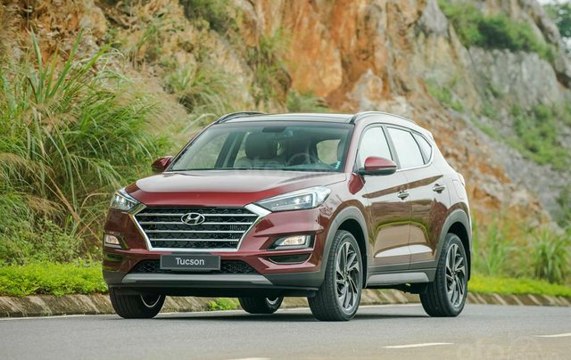 Hyundai Sơn Trà Đà Nẵng cần bán xe Hyundai Tucson new 2019, màu trắng1