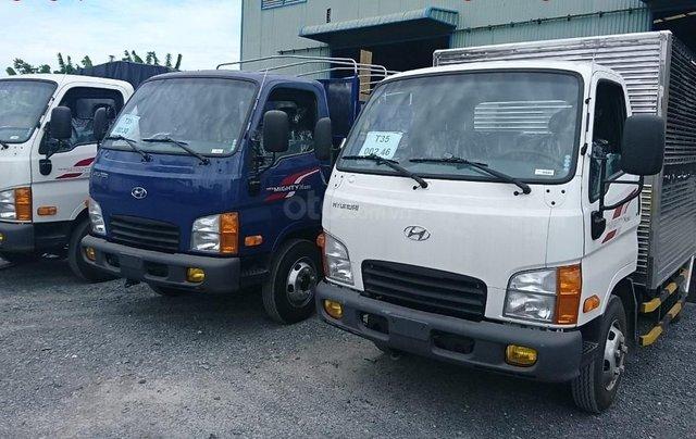 Hyundai 2.5T-2019 thùng dài, màu trắng, giá sỉ giao ngay4