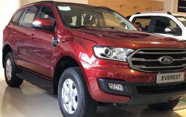 Bán Ford Everest Ambiete đời 2018, màu đỏ, giá chỉ 866 triệu0