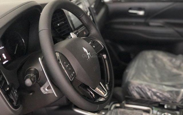"""""""Hot"""" Bán xe Mitsubishi Outlander 2019, 7 chỗ, tiết kiệm, trả góp 80%, liên hệ: 0935.782.728 để nhận nhiều ưu đãi5"""
