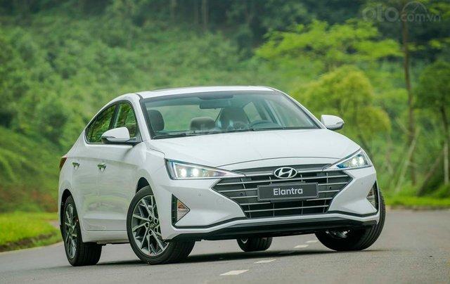 Hyundai Hà Đông - Hyundai Elantra 2019 giao ngay, giá cực tốt, KM cực cao, trả góp 90%, lãi ưu đãi, liên hệ: 09814767770