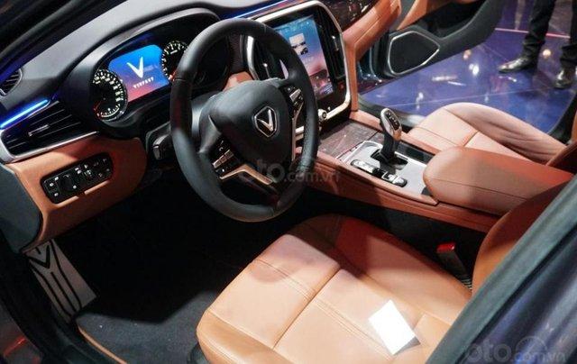 Bán ô tô VinFast LUX A2.0 Full Option (Nội thất da Nappa) 2019, màu đỏ (Giá 1 tỷ 3 đã bao gồm VAT - bàn giao xe T9.2019)2