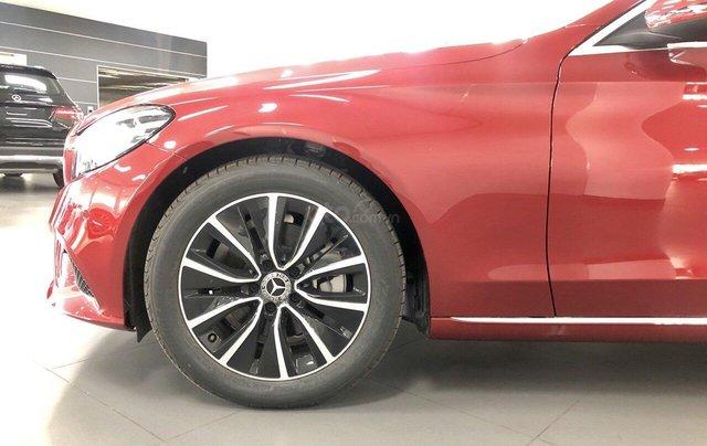 Bán xe ô tô Mercedes C200 2019: Thông số, giá lăn bánh (07/2019), chiết khấu tiền mặt, tặng bảo hiểm, tặng phụ kiện hãng2