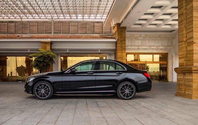 Bán xe Mercedes C200 Exclusive 2019 (C250 cũ): Thông số, giá lăn bánh (07/2019) giảm tiền mặt, tặng bảo hiểm và phụ kiện1