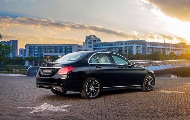 Bán xe Mercedes C200 Exclusive 2019 (C250 cũ): Thông số, giá lăn bánh (07/2019) giảm tiền mặt, tặng bảo hiểm và phụ kiện6