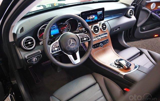 Bán xe Mercedes C200 Exclusive 2019 (C250 cũ): Thông số, giá lăn bánh (07/2019) giảm tiền mặt, tặng bảo hiểm và phụ kiện10