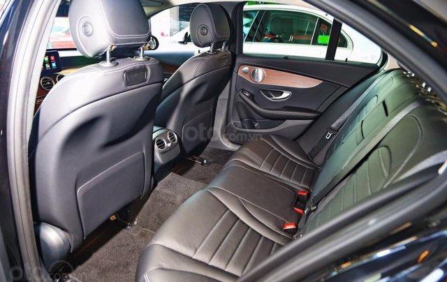 Bán xe Mercedes C200 Exclusive 2019 (C250 cũ): Thông số, giá lăn bánh (07/2019) giảm tiền mặt, tặng bảo hiểm và phụ kiện11