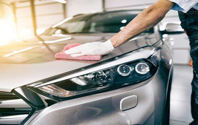 Wax bóng, phủ sáp ô tô: Vũ khí giúp xe giữ 'thanh xuân' trước ngày mưa nắng