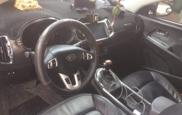Cần bán gấp Kia Sportage sản xuất năm 2010, màu đen, nhập khẩu1