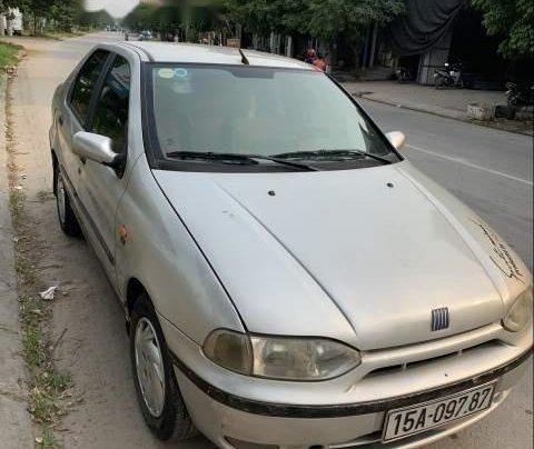 Cần bán lại xe Fiat Siena đời 2002, màu bạc, gầm chắc0