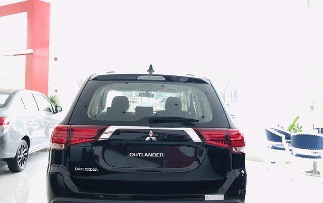 Bán xe Mitsubishi Outlander 2.0 CVT năm sản xuất 2019, trả góp 80%, liên hệ: 0969 496 596 để nhận nhiều ưu đãi5