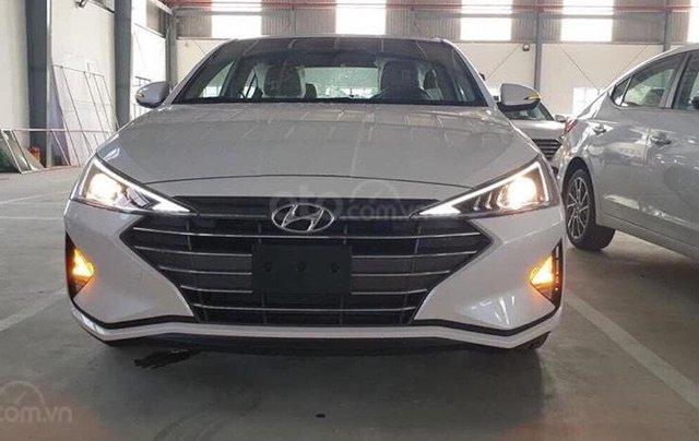 Bán Hyundai Elantra 2019 giao ngay, giá cực tốt, KM cực cao, trả góp 80%, lãi ưu đãi, liên hệ Mr Ân: 09394932591
