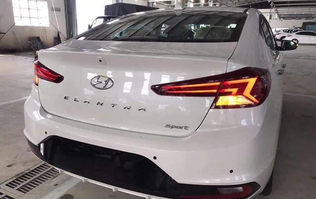 Bán Hyundai Elantra 2019 giao ngay, giá cực tốt, KM cực cao, trả góp 80%, lãi ưu đãi, liên hệ Mr Ân: 09394932593