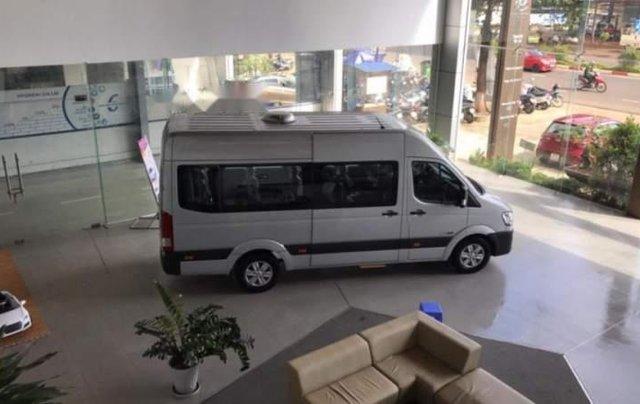 Bán ô tô Hyundai Solati năm 2019, màu bạc5