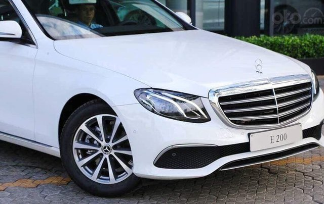 Giá xe ô tô Mercedes E200 2019: Thông số, giá lăn bánh, khuyến mãi (07/2019), ưu đãi tiền mặt và gói phụ kiện hãng0