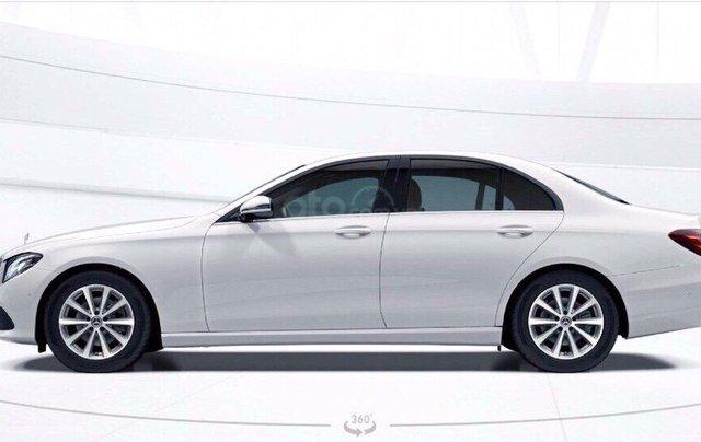 Giá xe ô tô Mercedes E200 2019: Thông số, giá lăn bánh, khuyến mãi (07/2019), ưu đãi tiền mặt và gói phụ kiện hãng4