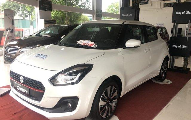 Bán Suzuki Swift đời 2019 màu trắng, xe nhập0