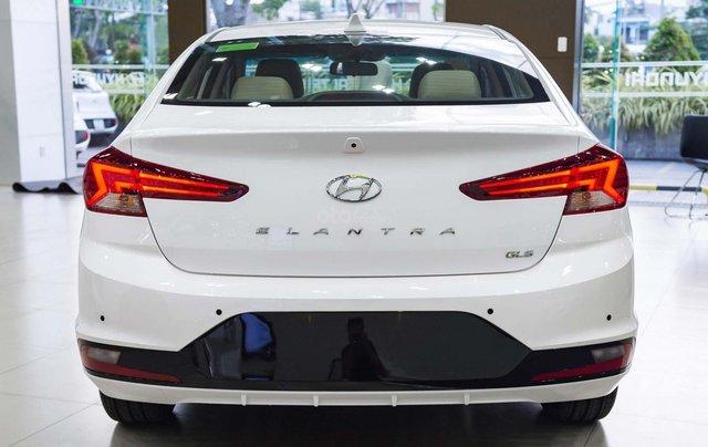 """""""Sốc"""" giảm 25 triệu tiền mặt - chỉ 179tr - Hyundai Elantra 1.6 MT 2019, hỗ trợ trả góp 85% - thủ tục nhanh chóng3"""