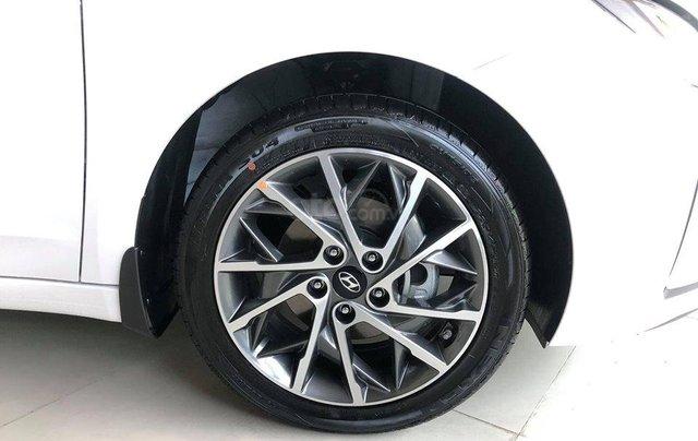"""""""Sốc"""" giảm 25 triệu tiền mặt - chỉ 179tr - Hyundai Elantra 1.6 MT 2019, hỗ trợ trả góp 85% - thủ tục nhanh chóng5"""