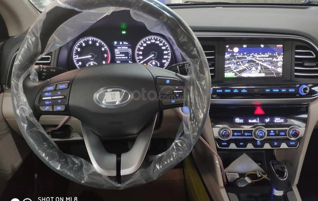 Hyundai Elantra 1.6 AT Facelift New 2019 - KM lên tới 20 triệu - Giao ngay - Ms Lan 09199299237