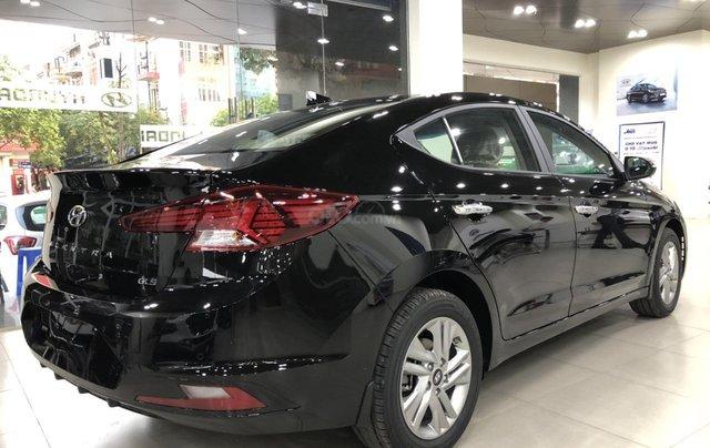 Hyundai Elantra 1.6 AT Facelift New 2019 - KM lên tới 20 triệu - Giao ngay - Ms Lan 09199299235