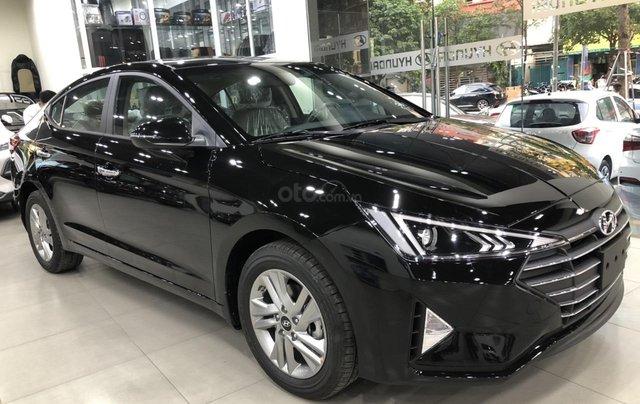 Hyundai Elantra 1.6 AT Facelift New 2019 - KM lên tới 20 triệu - Giao ngay - Ms Lan 09199299232