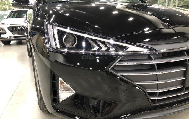 Hyundai Elantra 1.6 AT Facelift New 2019 - KM lên tới 20 triệu - Giao ngay - Ms Lan 09199299233