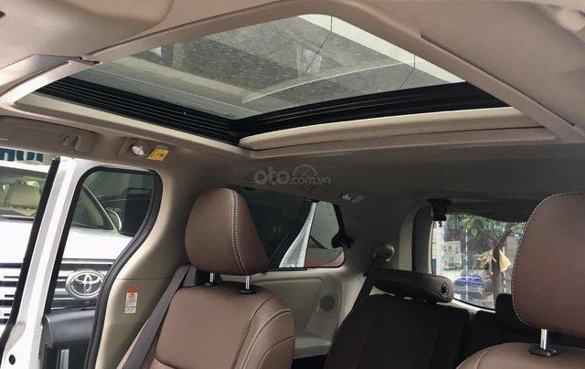 MT Auto cần bán nhanh chiếc xe Toyota Sienna năm sản xuất 2019, màu trắng - Giá mềm - Giao toàn quốc10