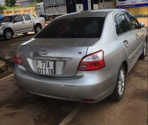 Cần bán Toyota Vios E 2012, màu bạc chính chủ giá cạnh tranh0