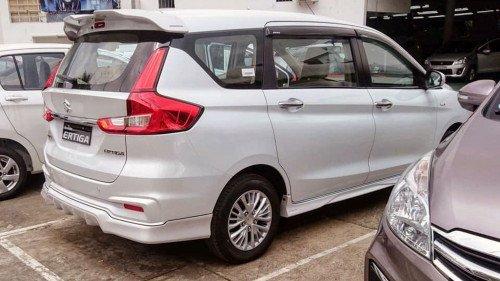 Bán xe Suzuki Ertiga sản xuất 2019, màu trắng1