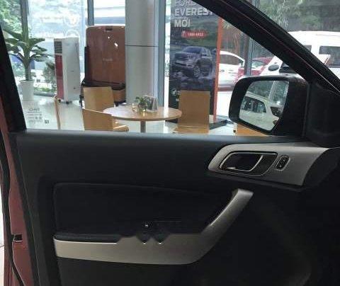Bán ô tô Ford Everest 2019, màu trắng, nhập khẩu5