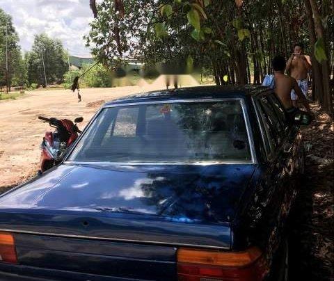 Cần bán Toyota Cressida đời 1981, màu xanh lam, nhập khẩu1