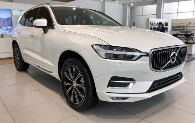 Bán Volvo XC60 2019, màu trắng, nhập khẩu nguyên chiếc0