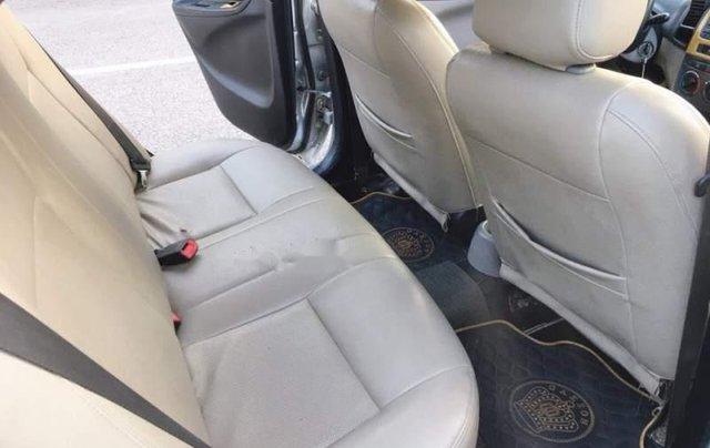 Bán xe Toyota Vios G đời 2005, màu bạc, xe gia đình giá cạnh tranh4