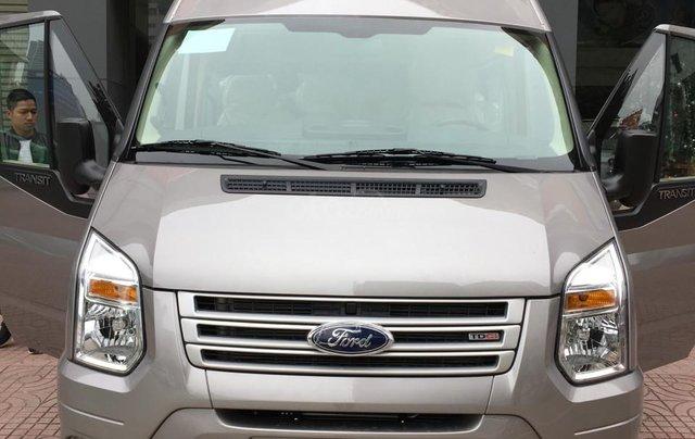 Cần bán Ford Transit SVP năm sản xuất 2019, màu bạc, hỗ trợ trả góp lãi suất cố định, giao xe toàn quốc1